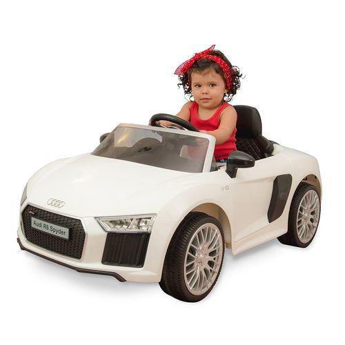 1093.2---Carrinho-6-Volts-Audi-R8-White---Com-Crianca-min